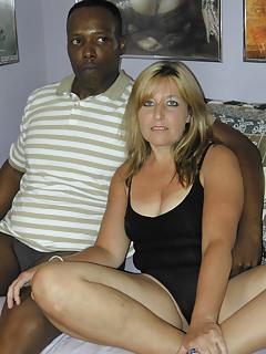 Interracial MILF Pics